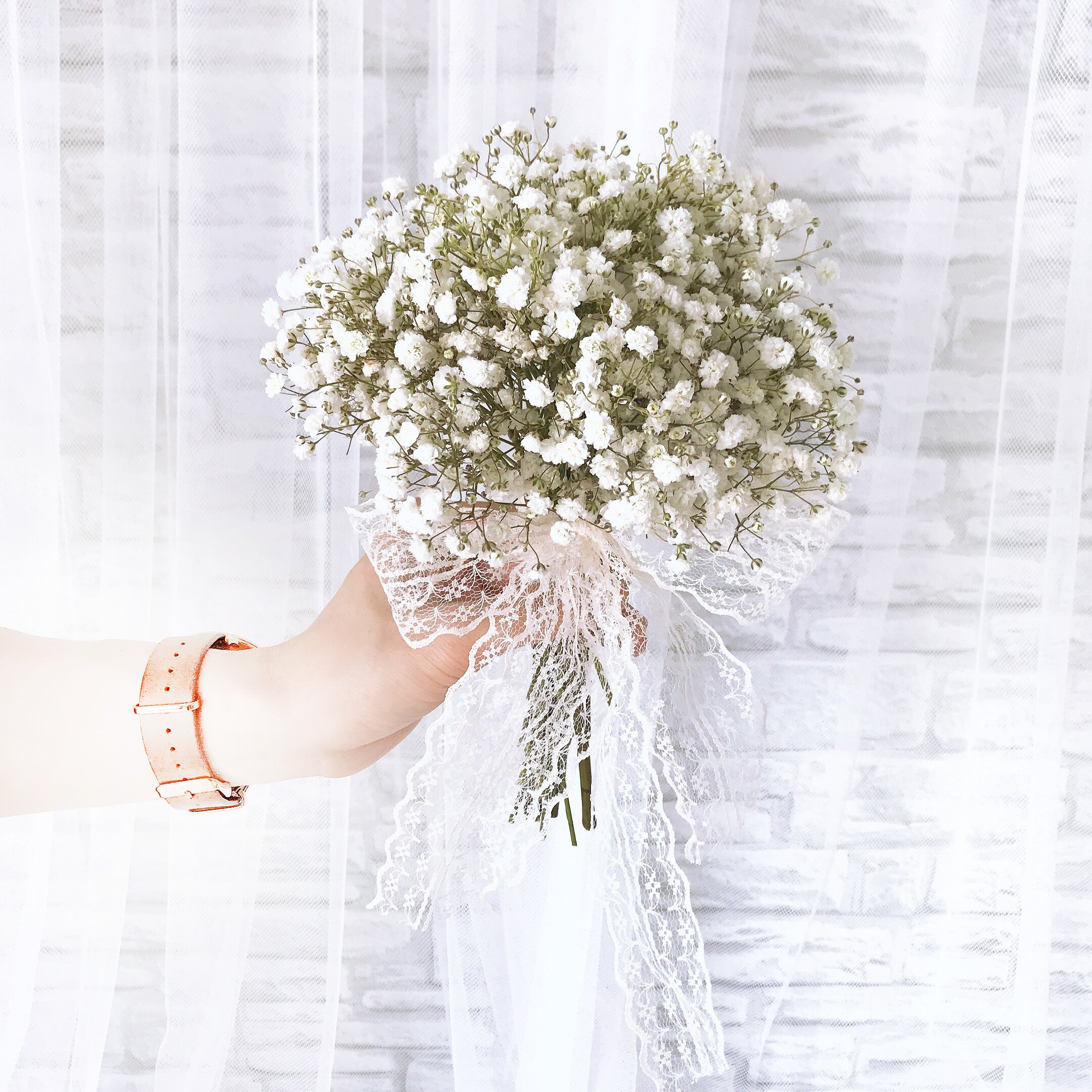 Beautiful in White - Freeland Floral 自由花苑