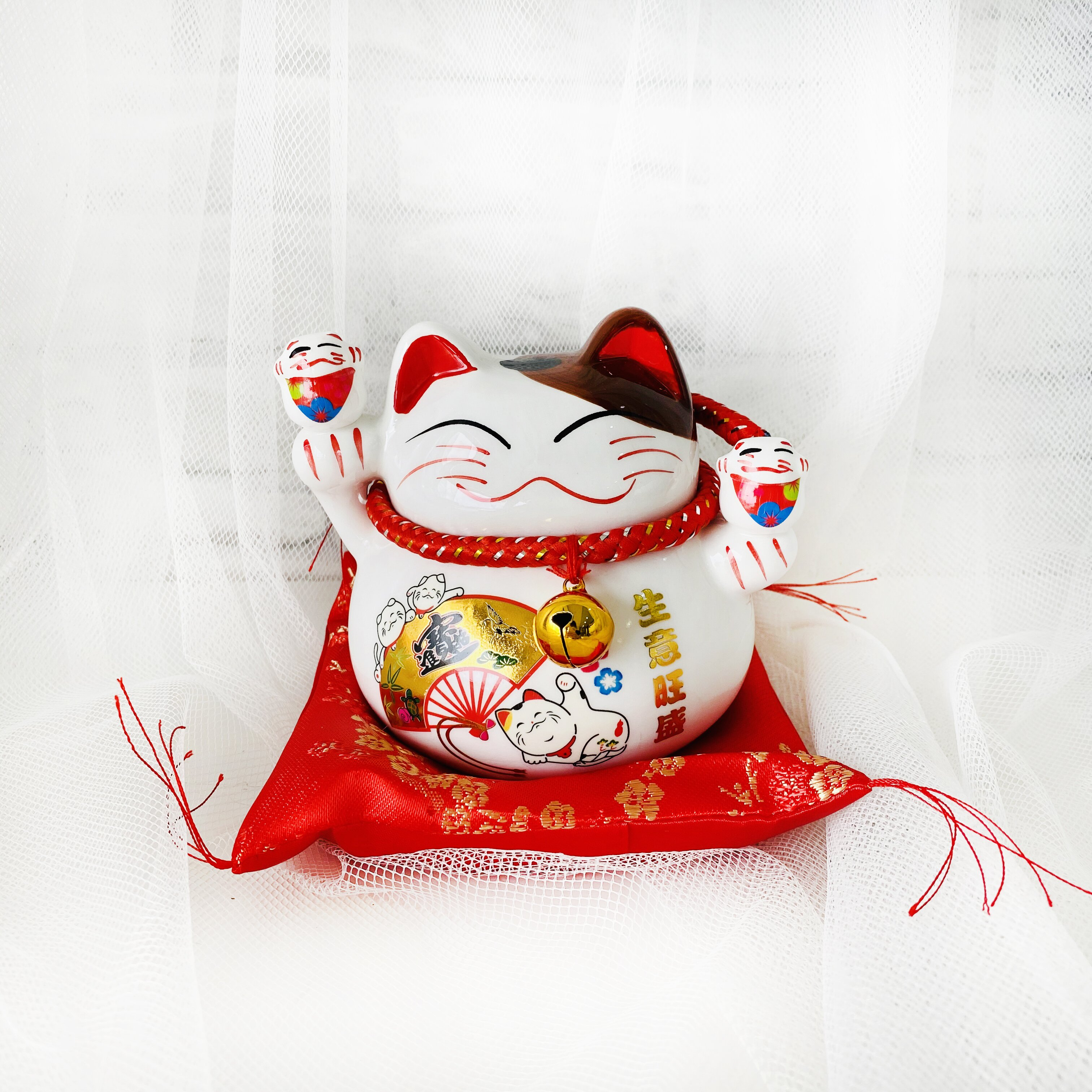 Lucky Pussy Cat (L) - Freeland Floral 自由花苑